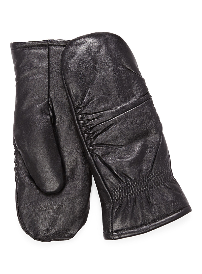pleated-leather-mittens