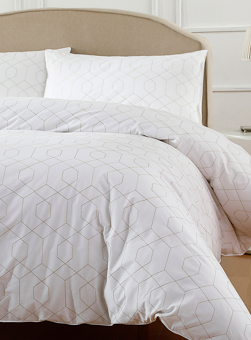 geo-embroidery-duvet-cover-set