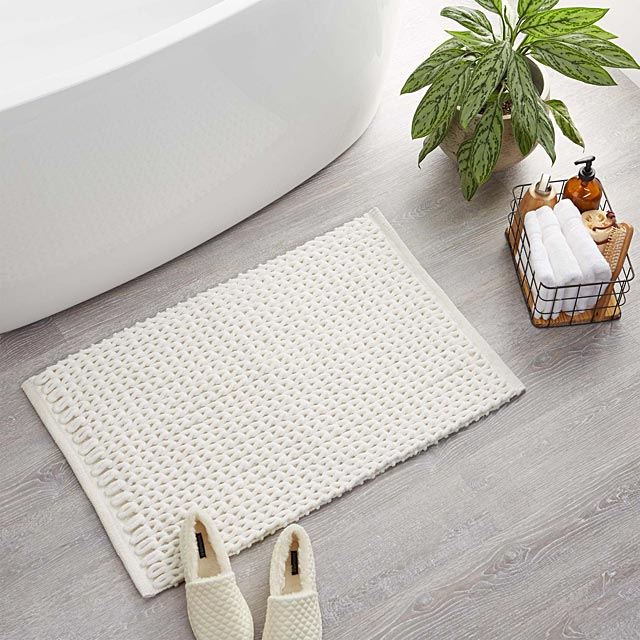 braided-chenille-bath-mat-20-x-32