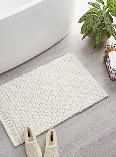 Braided chenille bath mat  20&quote; x 32&quote;