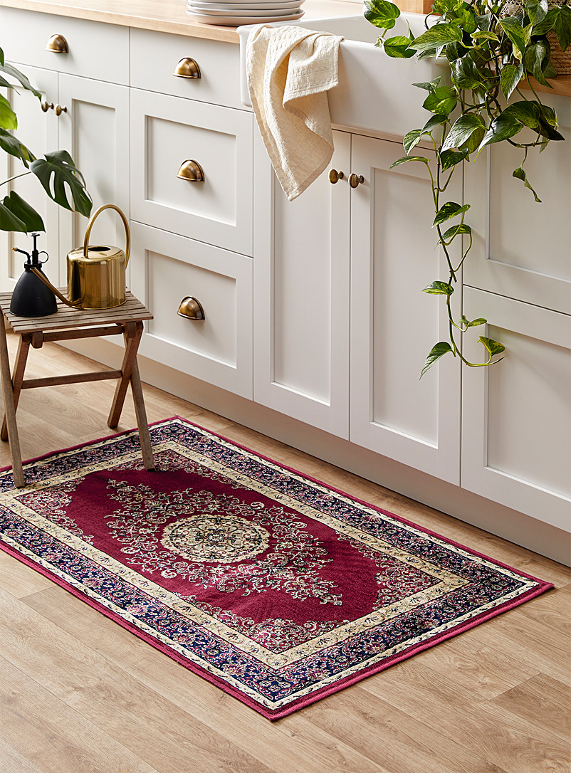 Simons Maison Patterned Red Baroque elegance rug 67 x 110 cm