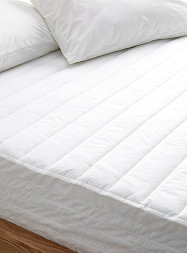 Duvetine mattress pad