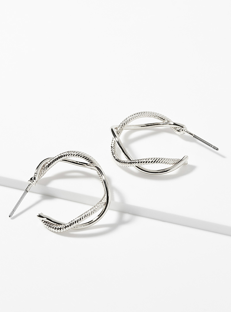twisted-metallic-hoops