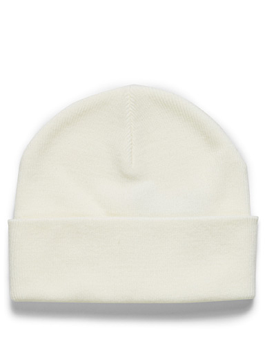 Basic cuffed tuque
