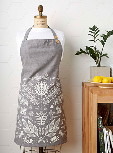 Walk through the woods apron