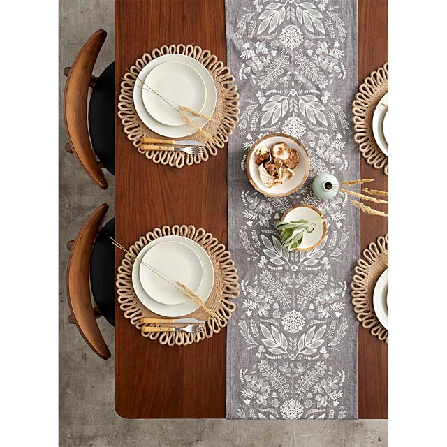 walk-through-the-woods-table-runner-13-x-72