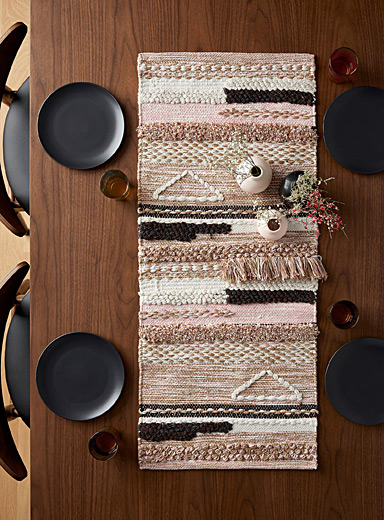 Creative weave table runner <br>16