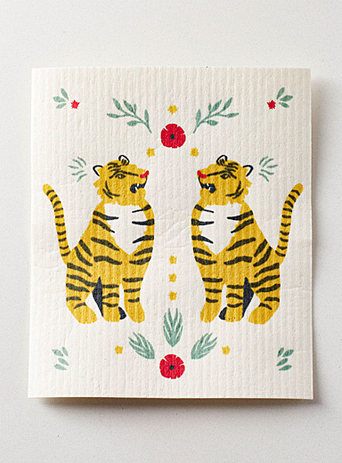 Tamed tigers sponge cloth
