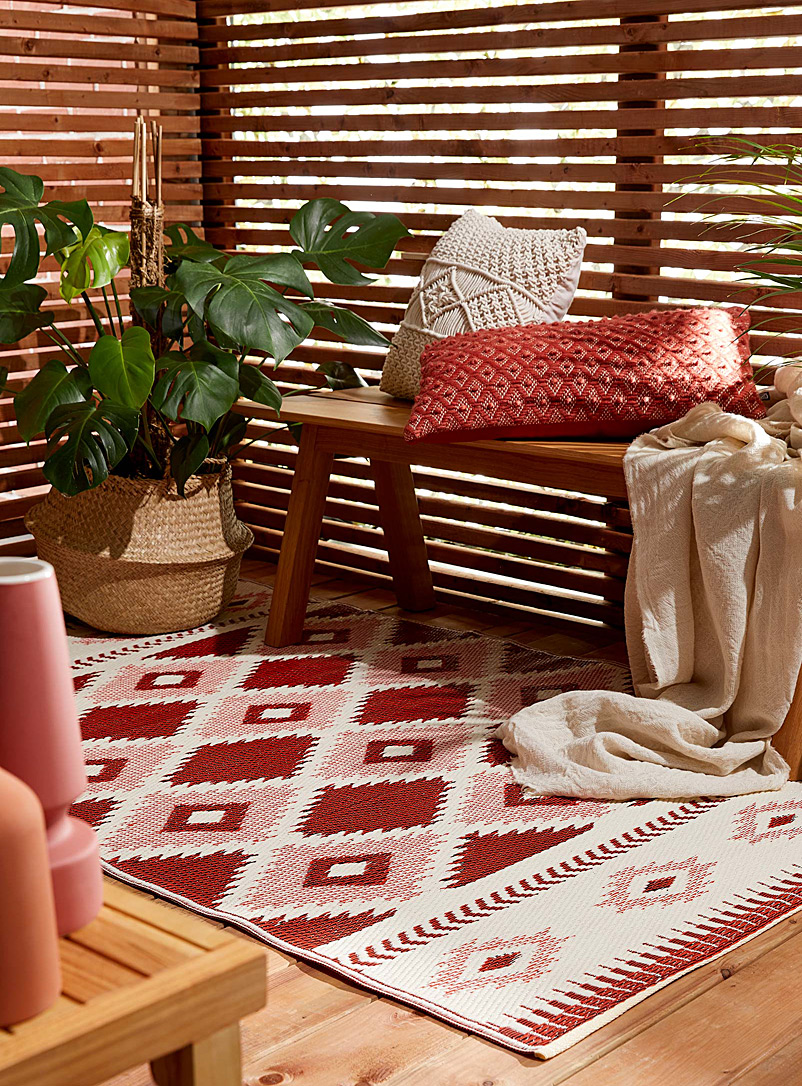 Danica Patterned Red Sonoma Valley outdoor rug 120 x 180 cm