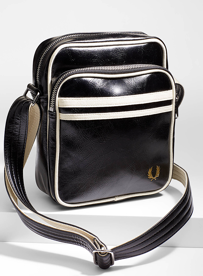 sporty-shoulder-bag