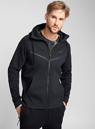Le sweat capuchon tunnel Windrunner