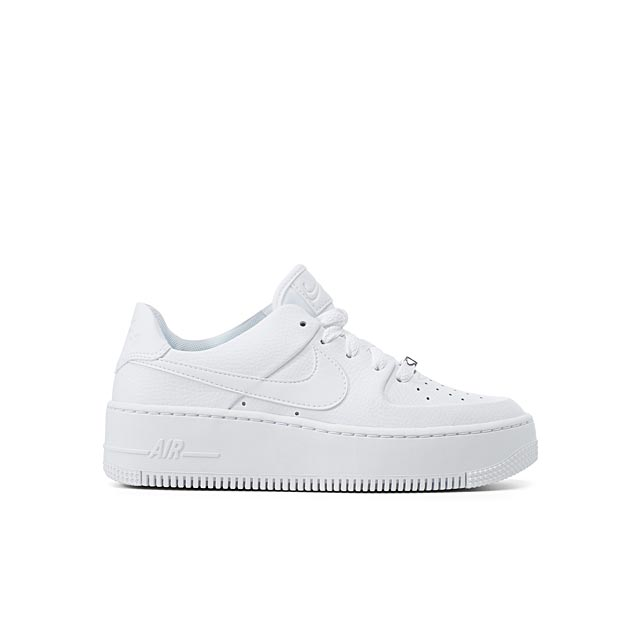 air-force-1-sage-low-platform-sneakers-women