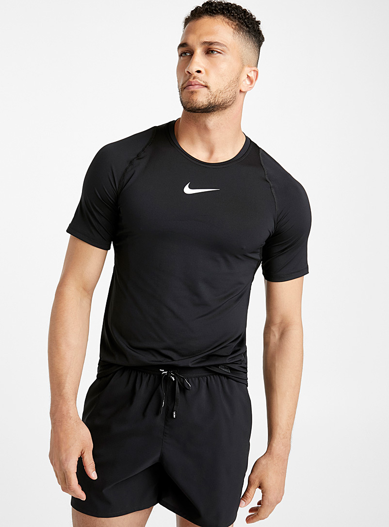 Nike Pro fitted tee - T-shirts - Black