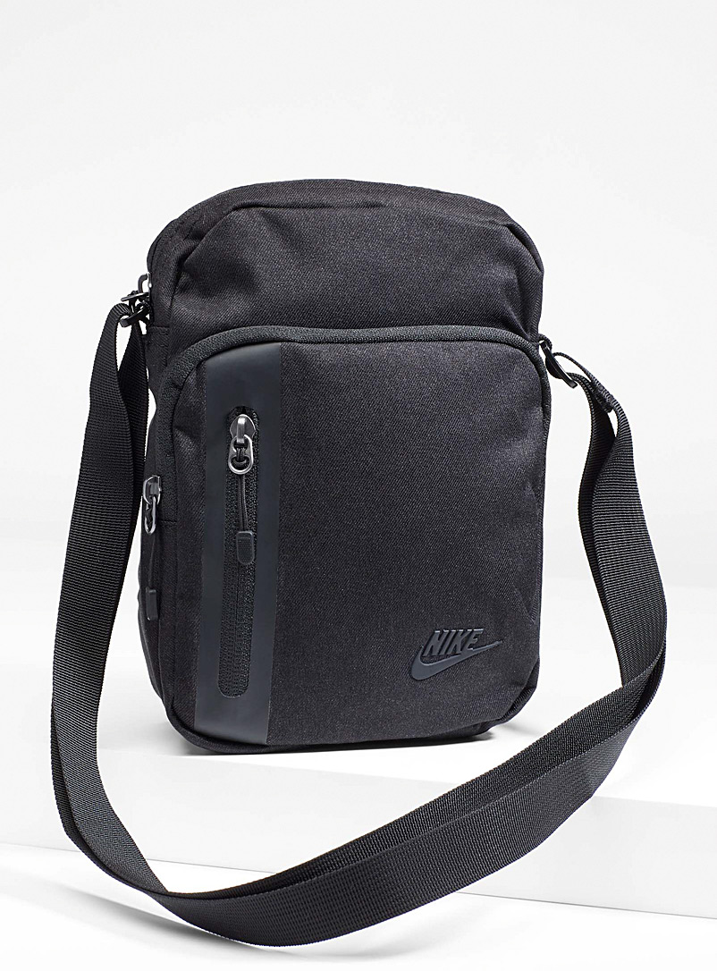 Nike Black Compact shoulder bag for women