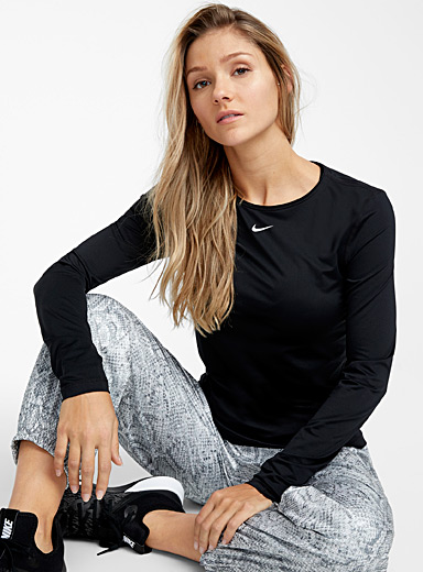 Mesh long-sleeve tee