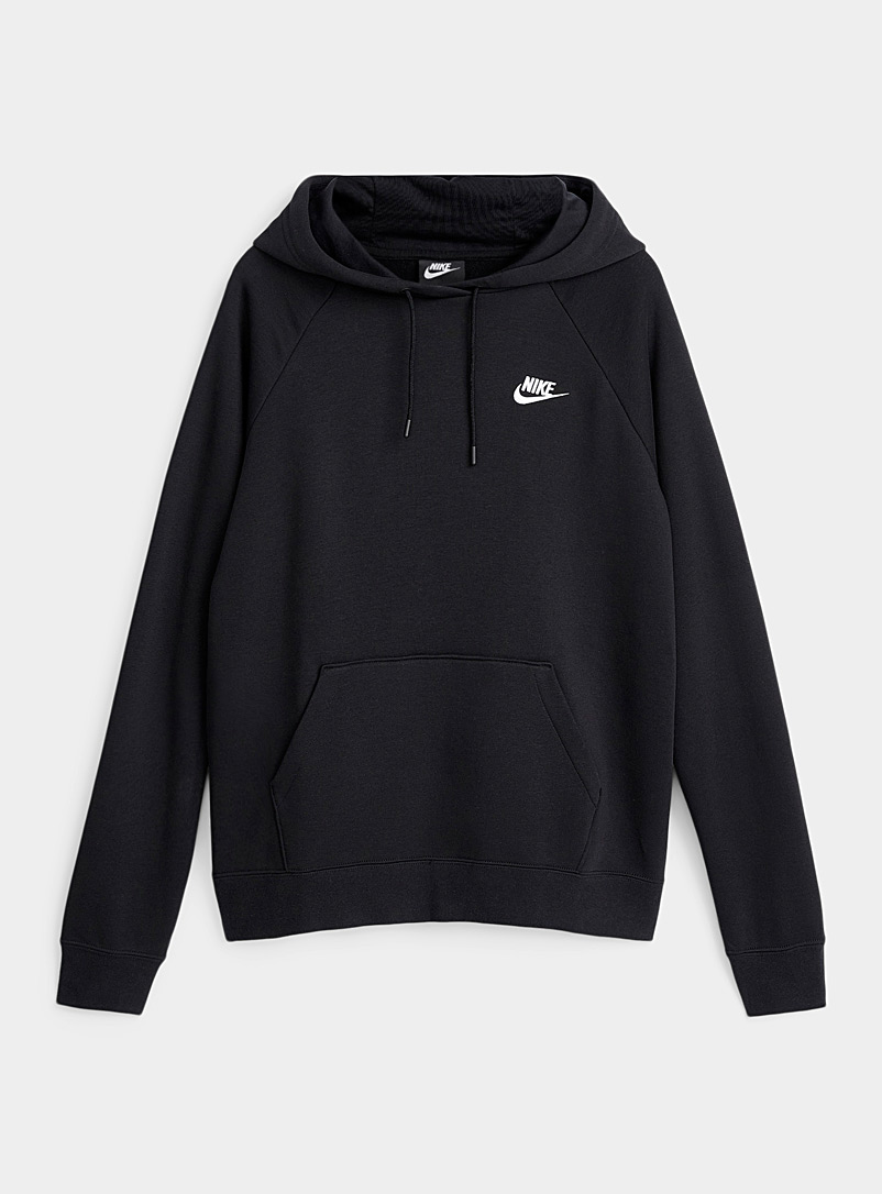 Le sweat kangourou brodé