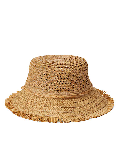 Fringed openwork straw bucket hat