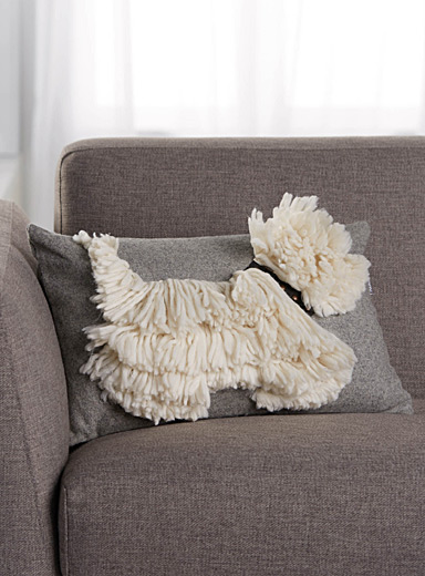 Fringed doggy cushion <br>30 x 45 cm
