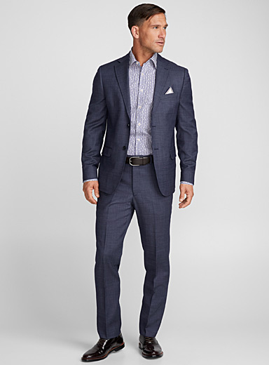 Indigo chambray suit <br>Semi-slim fit