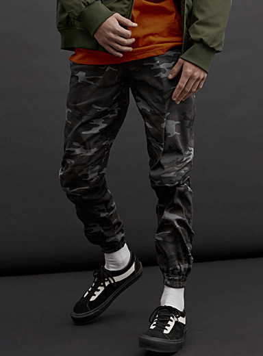The Runner camo joggers