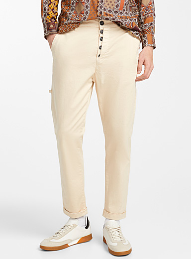 Button tab pant <br>Slim fit