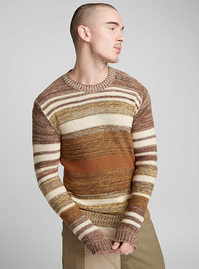 le-pull-rayures-naturelles