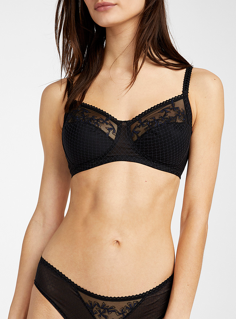 Chantelle Black Instant full coverage bra for women