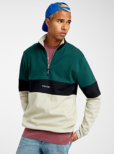 Le sweat blocs horizontaux