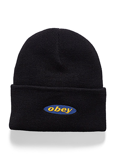 Embroidered logo cuffed tuque