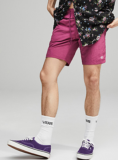 Le short nylon coloré