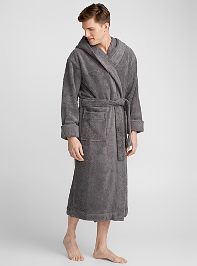 Wide-cuff terry robe