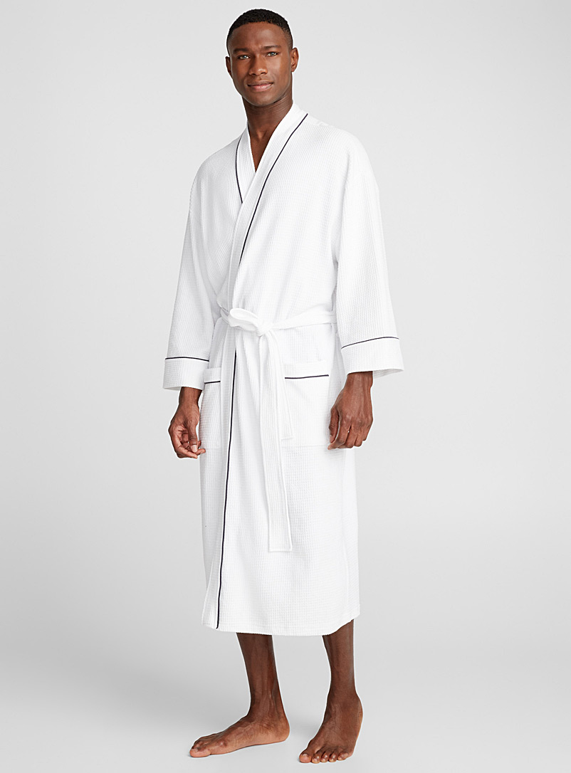 Le 31 White Essential waffle robe for men