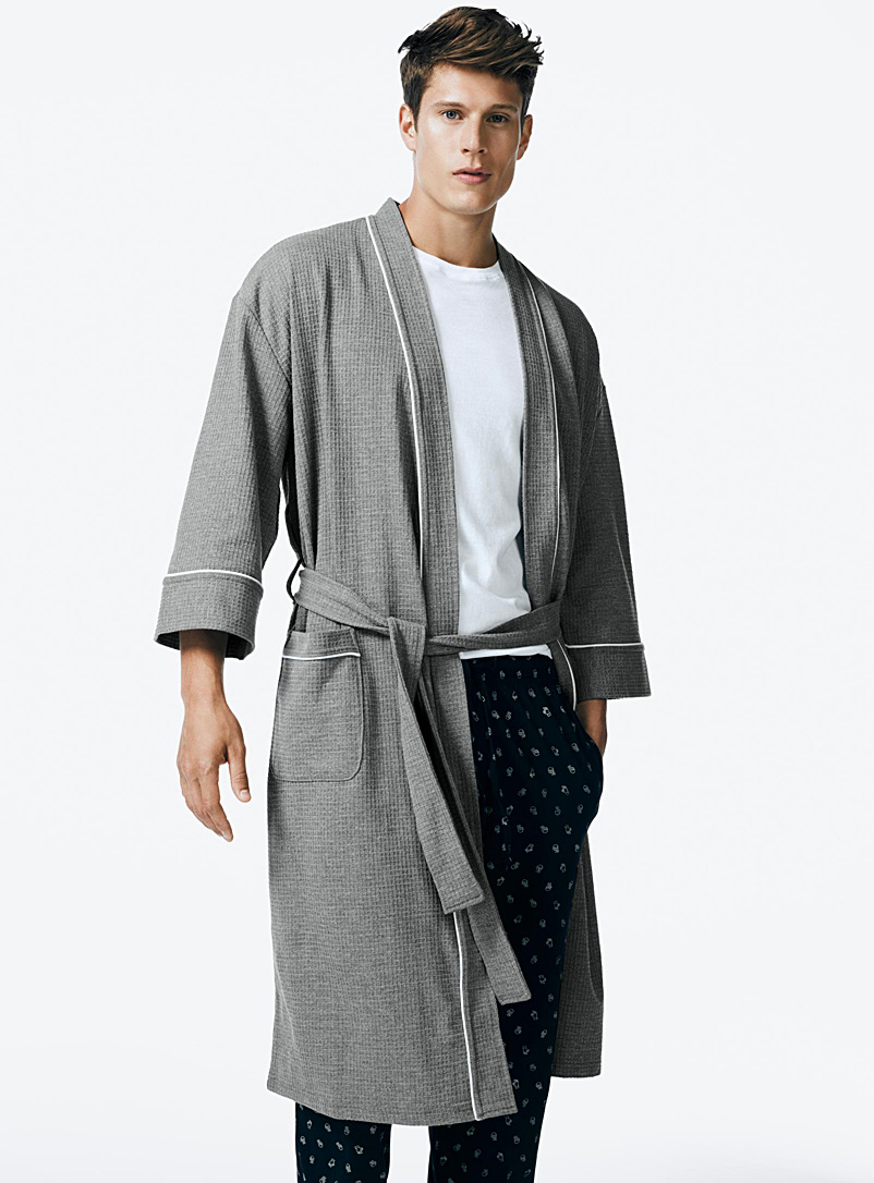 Le 31 Grey Essential waffle robe for men