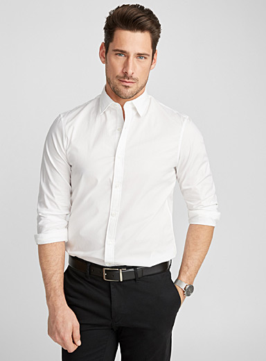 Minimalist solid stretch shirt <br>Semi-tailored fit