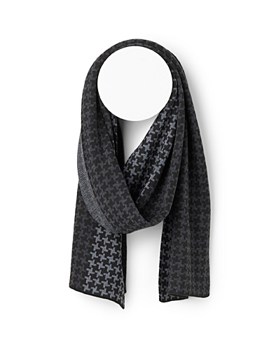 Michael Kors Patterned Grey Modern houndstooth scarf for men