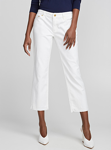 Released-hem cropped white jean