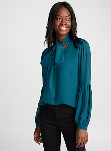 Puff-sleeve scarf-neck blouse