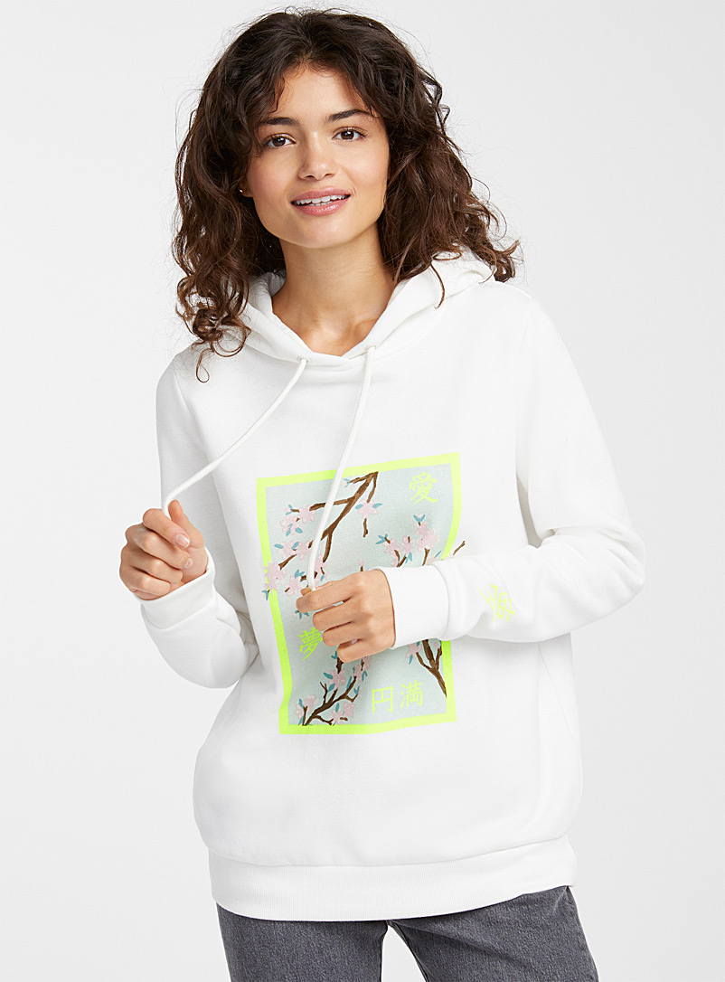 in-the-mood-to-travel-hoodie