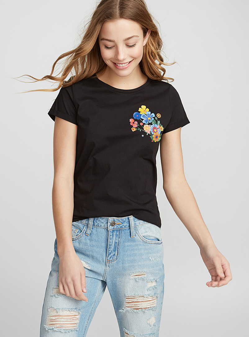 Accent embroidery tee - Short Sleeves - Black