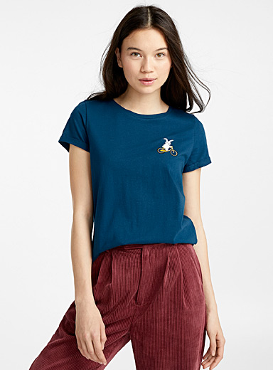 Organic cotton accent embroidery tee