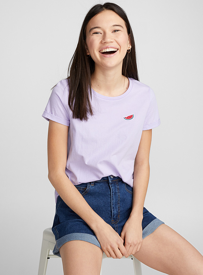 accent-embroidery-tee
