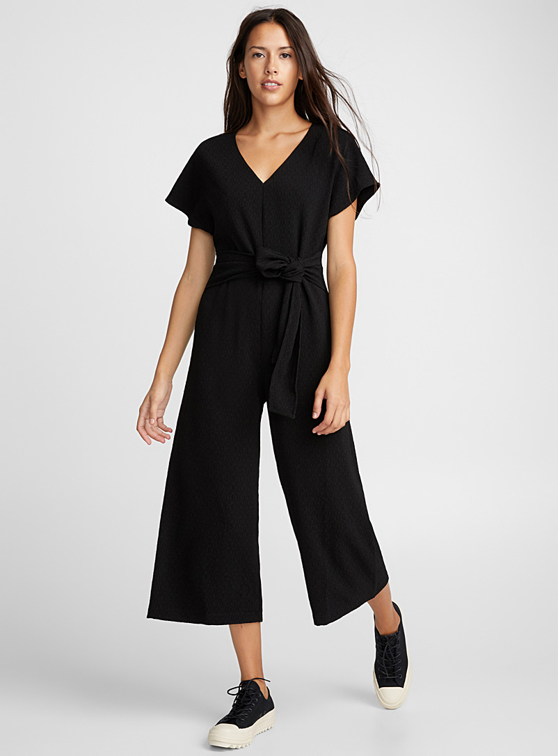 band-belt-textured-jumpsuit