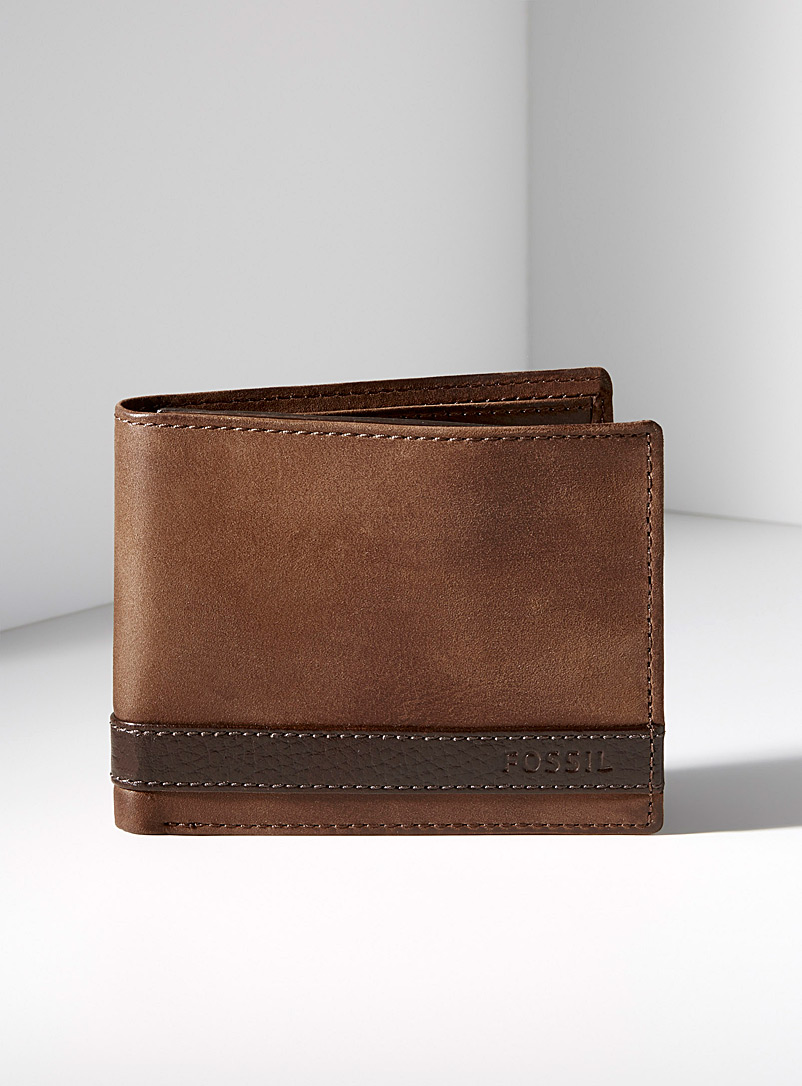 Fossil Brown Quinn wallet for men