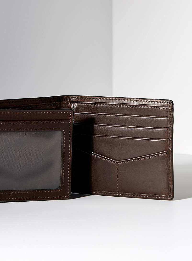Fossil Brown Derrick wallet for men
