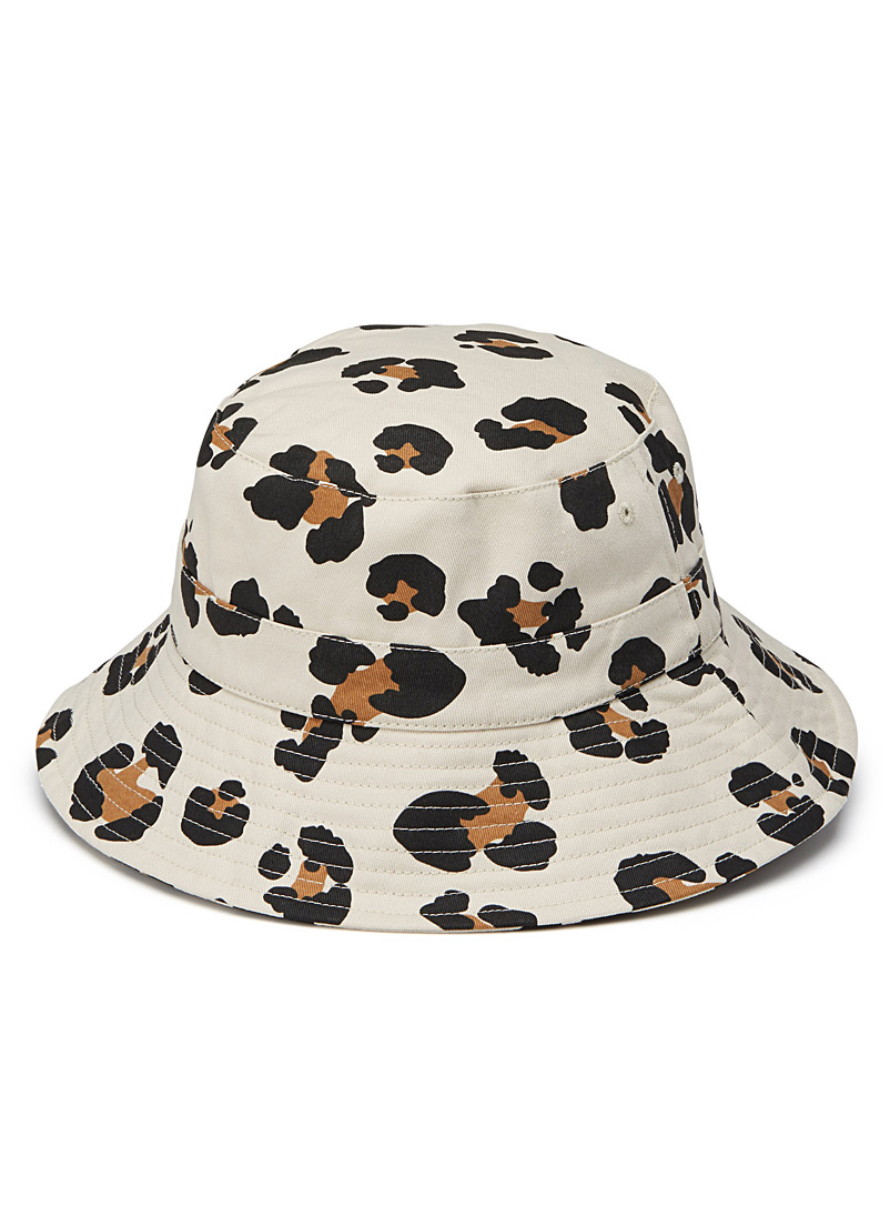 leopard-bucket-hat