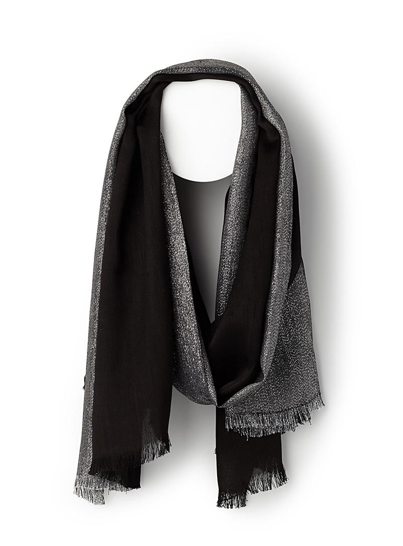 Shimmery accent scarf - Light scarves - Black