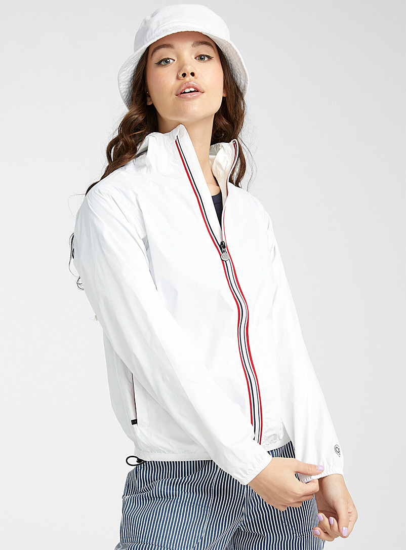O8 Lifestyle White Packable sporty raincoat for women