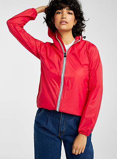 O8 Lifestyle Red Packable sporty raincoat for women
