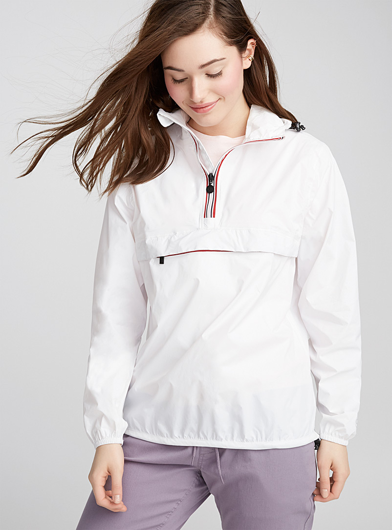 O8 Lifestyle White Packable sporty waterproof anorak for women