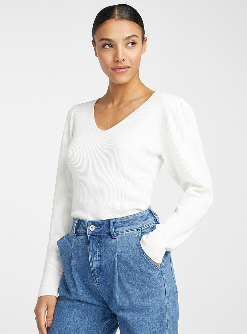 Puff-shoulder V-neck ribbed sweater - Sweaters - White